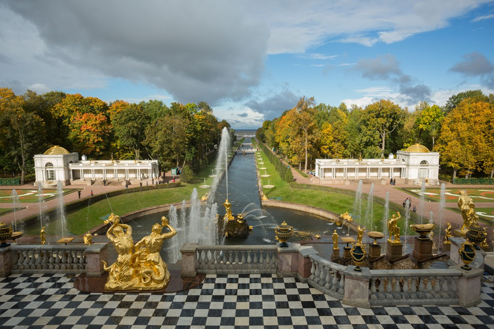 The Annual Closing Ceremony of the Peterhof Fountains: A Journey Beyond The Three Seas