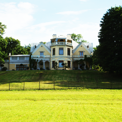 events_item_img